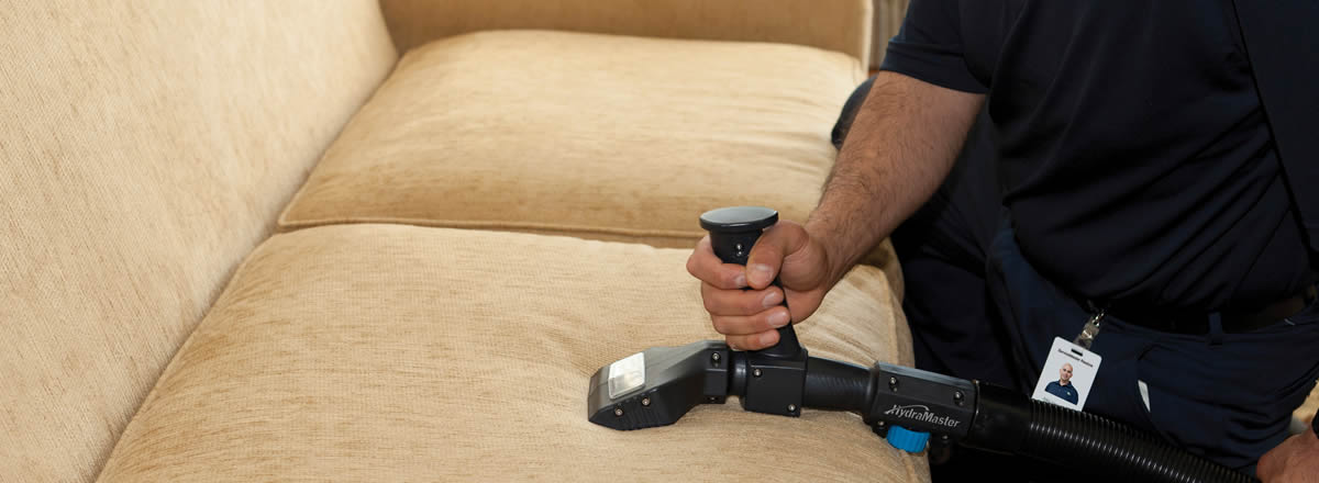 professional upholstery cleaning in devizes